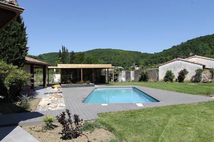 Spironello jardin piscine