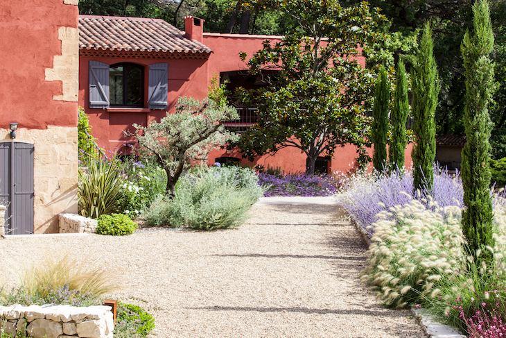 cour entrée maison jardin Reflexion paysage